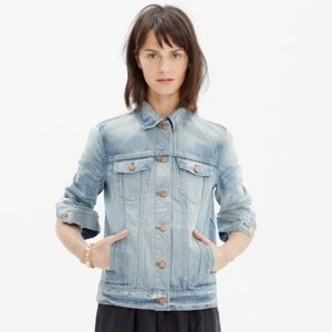 Madewell Rivet & Thread Jean Jacket - Size M